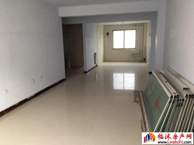 万豪丽景大厦  3室2厅 130.0平米 简单装修 33万元