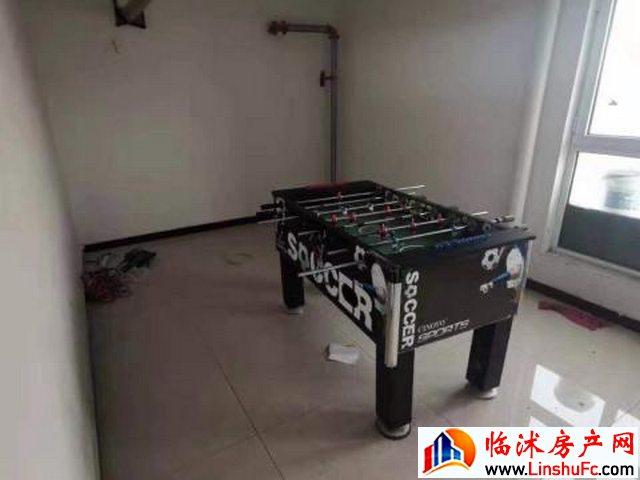 雷华阳光上城 6室3厅 270平米 精装修 25000元/月