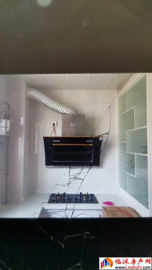 花园社区A区  3室2厅 132.0平米 简单装修 27万元
