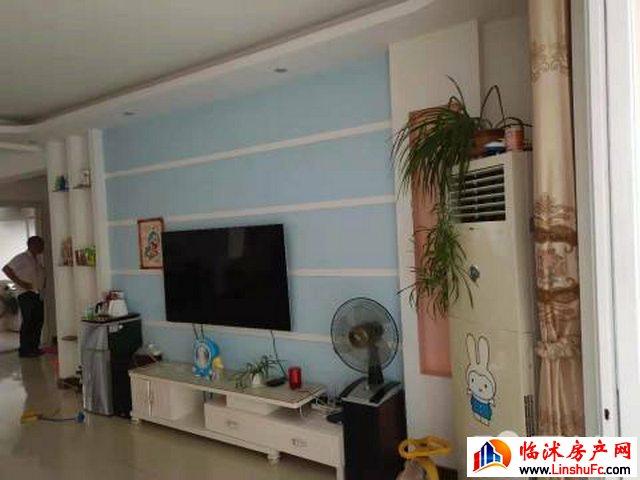 史丹利小区 3室2厅 150平米 精装修 920元/月