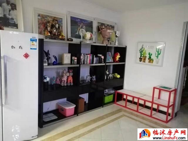 华丰现代城  5室2厅 226.0平米 精装修 145万元