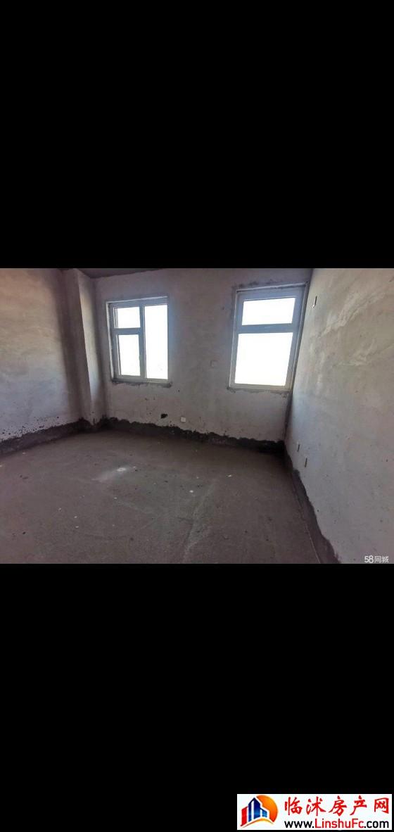 雷华阳光上城 2室1厅 71平米 简单装修 27万元