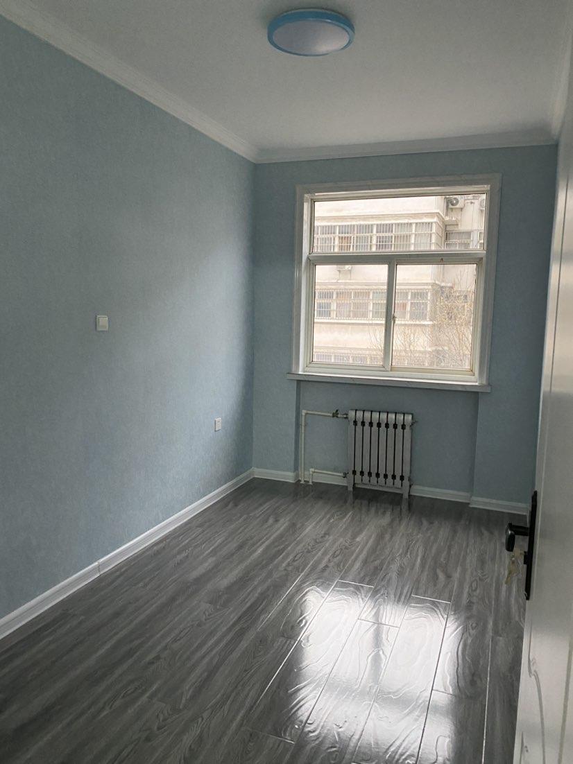 常林公寓 中间楼层 精装未住 送储藏室 证过五仅售49.8万